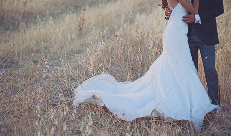 Sess�o Fotogr�fica Trash-the-Dress | Sess�o P�s-Casamento
